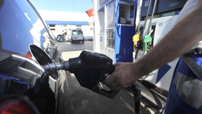 La relación del fracking con los precios de la nafta.